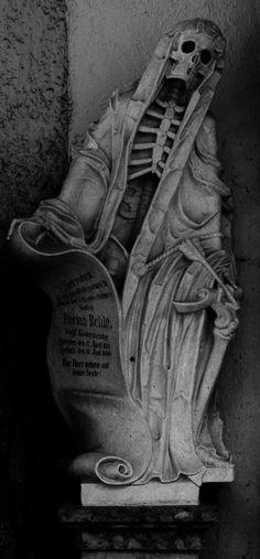 skull, grim reaper statue, graveyard statues, dri bone, dark art, mausoleum art, creepy statues