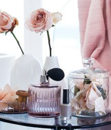 Such a sweet and romantic look - love it!
