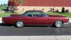 1967 Lincoln Continental 2-door passenger coupe