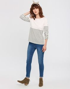 Explore our selection of Harbour Tops and discover our take on the Breton Stripe. Find nautical-inspired styles, floral patterns and more at Joules, today. Joules Clothing, Holiday Outfits, Holiday Clothes, Stylish Tops, Womens Fashion Online, Retro Dress, Clothes For Women, My Style, How To Wear