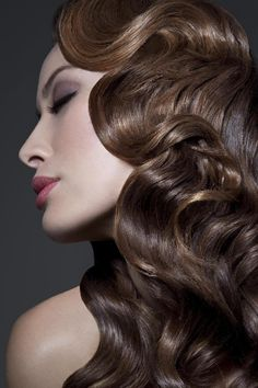 Looking to find the perfect hairstyle for a special occasion? Check out this article to learn 5 of the coolest Pin-up hairstyles to date!
