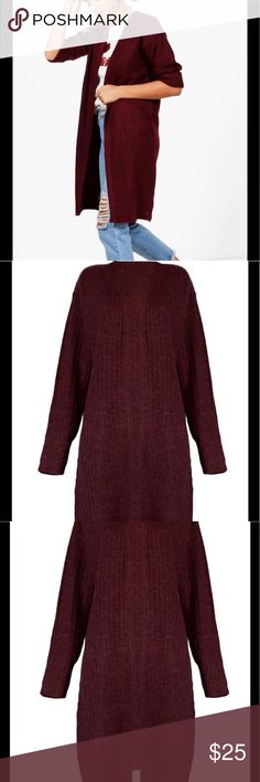 Cardigan Berry Wine Midi Length 3/4 Sleeve A beautiful Burgundy colored Cardigan. Nail new season knitwear in the cardigans that are cosy yet cool!  Go back to nature with your knits this season and add to your must-haves. Cardigans are a must have from casual wear with jeans, dress up for a night out or great staple for your work accessories. Want more fitted look? Simply use a belt around the Cardigan-fab! Check out my closet for a huge variety and selection of cardigans to short Open…