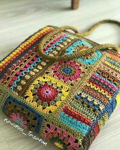 Granny Square Crochet Pattern, Crochet Squares, Crochet Stitches, Crotchet Bags, Knitted Bags, Crochet Handbags, Crochet Purses, Crochet Bikini Pattern, Crochet Patterns
