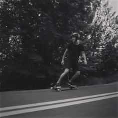 Tyler Murgo jumps on a freind's board just to take a run in Oregon. #entitlementurethane #haightprivilege #freebord