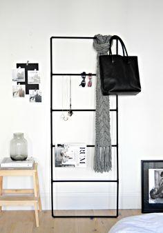 DIY accessory organiser, metal ladder accessory organizer