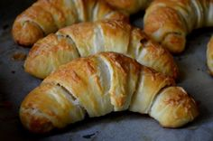 Croissant Bread, Hungarian Recipes, Health Eating, Healthy Living Tips, Bread Baking, Herbal Remedies, Bagel, Food To Make, Cake Recipes