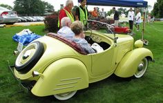 Minicars, Microcars: Quirky Cars from the Past Draw Avid Fans