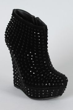 Suede Studded Wedge Bootie Creswell Mitchell how about these? not as shiny though :( Wedge Boots, Shoes Heels Boots, Heeled Boots, Black Suede Boots, Black Shoes, Wedding Heels, Cute Sandals, Swagg, Me Too Shoes