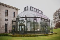 Ireland Wedding Venue = Relais & Chateaux - One step inside the sprawling grounds of this historic Regency mansion house, one of the most lavish in Ireland, and an air of tranquillity takes hold. Gazebo, Pergola, Victorian Greenhouses, Victorian Conservatory, Greenhouse Plans, Greenhouse Film, Ireland Wedding, Marquise, Botanical Wedding
