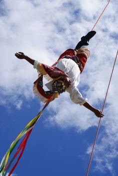 Danza de los Voladores de Papantla; Dance of the Papantla Flyers; Papantla, Mexico