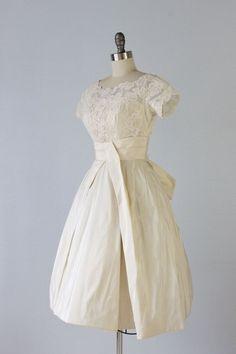 Vintage short gown!