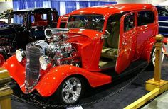 Image from http://www.remarkablecars.com/photos/1933-ford-sedan-hot-rod-09921.jpg.