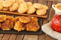 לביבות תפוחי אדמה ובטטה אפויות Cake Cookies, Pancakes, Soup, Cooking Recipes, Baking, Ethnic Recipes, Bread Making, Cooker Recipes, Patisserie