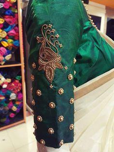 Shoulder work for green blouse Best Blouse Designs, Simple Blouse Designs, Stylish Blouse Design, Bridal Blouse Designs, Pattu Saree Blouse Designs, Zardosi Work Blouse, Sari Blouse, Hand Work Blouse Design, Designer Blouse Patterns
