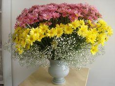 69- Vaso grande com Margaridas amarelas e rosas     70x85