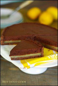 Tarte à la mousse au chocolat (Pierre Hermé) sur lit fondant au citron A essayer
