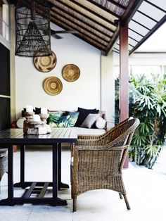 luxury Villa's Byron Bay – Two Bedroom Luxury Grand Villa Outdoor Spaces, Outdoor Living, Outdoor Ideas, Byron Beach, Boutiques Australia, Beach Patio, Hotel Collection Bedding, Charleston Homes, Luxury Bedding Collections