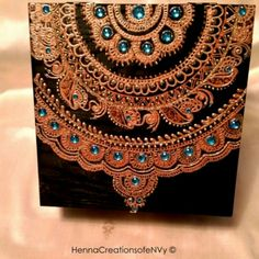 Mandala inspired jewelry box or keepsake box. Visit our shop for more at… Henna Canvas, Henna Art, Painted Boxes, Hand Painted, Motif Oriental, Stencil Painting, Henna Patterns, Turquoise Gemstone, Keepsake Boxes