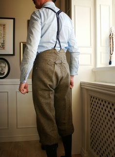 Traditional Plus fours with a fishtail waist.