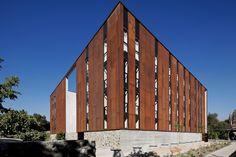 Galeria de Escola de Design e Instituto de Estudos Urbanos P. Universidad Católica de Chile / Sebastián Irarrázaval - 6