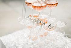 J+S TROUWEN TIJDENS DE FEESTDAGEN | Studio Spruijt Champagne, Tableware, Cheers, Studio, Dinnerware, Tablewares, Studios, Dishes, Place Settings