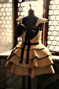 Pasta dress made of Barilla pasta