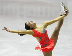 Mao Asada, of Japan, performs during the ladies short program of the ISU World Team Trophy in Figure Skating in Tokyo, Thursday, April 11, 2013.