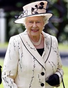 Her Majesty Queen Elizabeth II at Royal Ascot. God Save The Queen, Hm The Queen, Royal Queen, Her Majesty The Queen, Queen Mary, Queen Elizabeth Ii, Commonwealth, Queen And Prince Phillip, Prince Philip