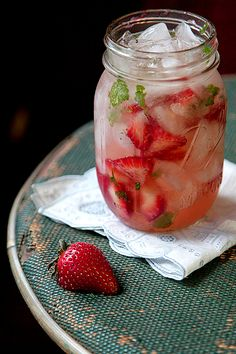Strawberry Moonshine Mint Julep #cocktails #moonshine