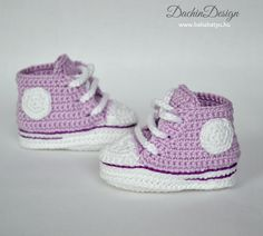 Horgolt babacipő- sportos Crochet Baby Shoes, Kids, Free, Clothes, Fashion, Kid Outfits, Amigurumi, Young Children, Outfits