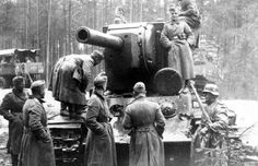 German soldiers with an abandoned Soviet KV-2 heavy tank, 1941