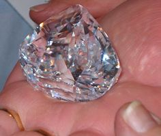 The Centenary diamond is famous for being a perfect flawless diamond - a diamond quality that is extremely rare certainly for a diamond of 273.85 carats.