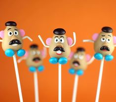 Who can't wait to see #toystory4? Me. Me. Me. These are some of my all-time fave #cakepops 💕 #mrpotatohead