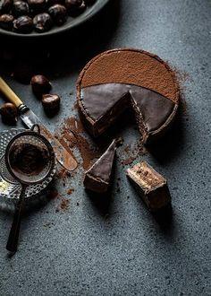 Chocolate cake with chestnuts! Yum! | devourtours.com Macarons, Cake Recipes, Dessert Recipes, Spanish Desserts, M&m Recipe, Food Pictures, Food Pics, Vegan, Chocolate Cake