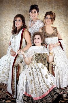 4 Daughters of Madem Noor Jahan. Mina Hasan  is an emerging fashion designer. She has lots of energy and potential to do very good and ard work. She did  legacy shoot of Madam Noor Jehan with four daughters of Madam Noor Jehan.