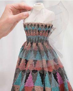 Barbie Costume, Barbie Dress, Dior Couture, Couture Fashion, Dior Fashion, Fashion Outfits, Fashion Mannequin, Dior Dress, Couture Details