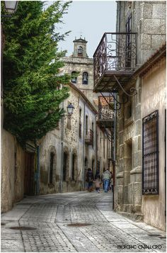 Ledesma. Spain Places To Travel, Places To Visit, Old City, Family History, Costa Rica, Paths, Portugal, Landscapes, To Go