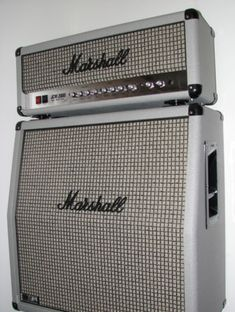 Serious tone. Saw Joe B play one. 2005 Marshall Silver Limited Edition DSL 100 JCM 2000 Guitar Amp Amplifier Plexi | eBay