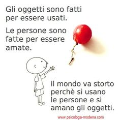 "Quanta gente ""perde"" la vita per paura di allentare i pugni con cui stringe ciò… Quotes Thoughts, Wise Quotes, Words Quotes, Wise Words, Sayings, Italian Quotes, Something To Remember, Meaning Of Life, Truth Hurts"