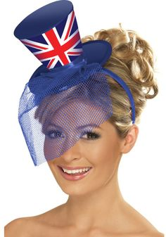 New Mini British Union Jack Top Hat with Veil ~ Olympics ~ Jubilee Fancy Dress Moulin Rouge Fancy Dress, Fancy Dress Hats, British Hats, British Style, Halloween Karneval, Red Hat Society, Glitter Top, Costume Hats, Costume Ideas