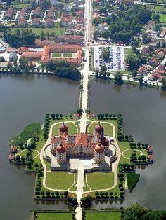 Castillo Moritzburg esta situado en Dresden, Alemania