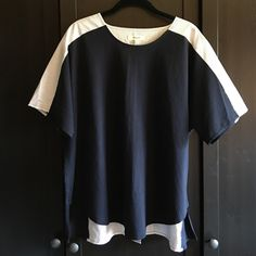 Madewell navy/white mixed fabric with split back Madewell - excellent condition- navy & white - perfect with white jeans!!! Madewell Tops