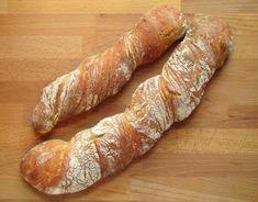 """""""Anya, ez isteni!..."""", avagy Gabojsza konyhája: Svájci gyökérkenyér (Pain Paillasse) Our Daily Bread, Pain, Hot Dog Buns, Bakery, Favorite Recipes, Sweets, Minden, Food, Breads"""