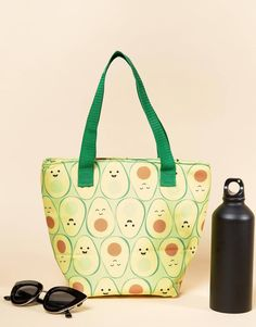 c505929831d8 Sass   Belle avocado lunch bag