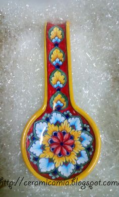 #poggiamestolo #maiolica #handpainted #Italy Ceramic Spoons, Ceramic Decor, Ceramic Plates, Shopping Center, Spoon Rest, Home Crafts, Online Shopping, Handmade Items, Etsy Seller