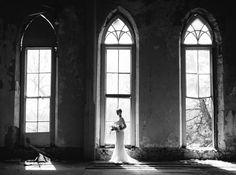 Delicate Vintage Wedding Ideas // OnceWed // Heather Hawkins (photographer)