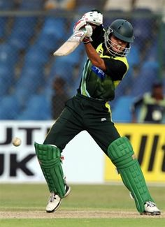 Pakistani captain Misbahul Haq smashed a brisk half-century in the final of the Asia Cup against while Sri Lanka claimed crucial top order wickets in Dhaka on Saturday. Fawad scored a smashing 114 for 134 balls while Umar Akmal scored 59 for 42 balls before getting out 3 balls short from the final over. #AsiaCupFinal #PakVsSrilanka #cricketmatch