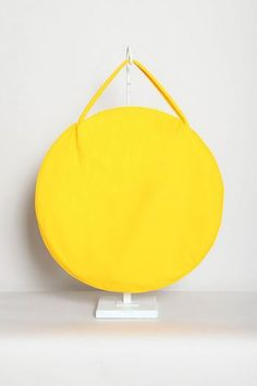 http://totokaelo.com/store/products/draft-n-17-by-jasmin-shokrian/fw11/compass-bag-taslan/yellow