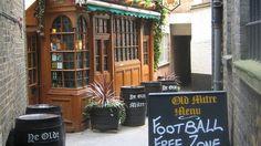 Ye Olde Mitre Tavern006_credit Ross Fortune.jpg