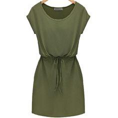 SheIn(sheinside) Green Short Sleeve Drawstring Slim Dress (1.165 RUB) ❤ liked on Polyvore featuring dresses, vestidos, green, slim fit dress, knee-length dresses, green sleeve dress, knee high dresses и slimming dresses